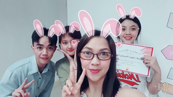 Tấm bằng IELTS với điểm số cao là điều mà nhiều bạn trẻ Việt mong muốn