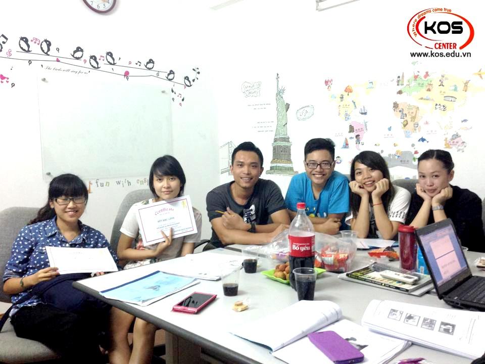 KOS ENGLISH CENTER Khóa học giao tiếp tiếng anh tại Hà Nội chất lượng cao