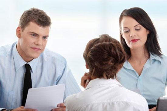 Học tiếng anh giao tiếp giúp bạn nắm bắt được nhiều cơ hội hơn trong cuộc sống