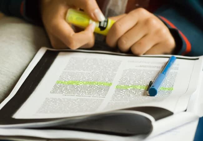 Cách học reading ielts với kỹ năng Scan